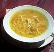 Goveđa supa s lukom i testeninom