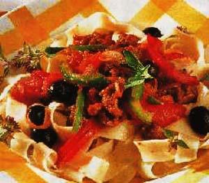 Makarone sa povrćem i mesom