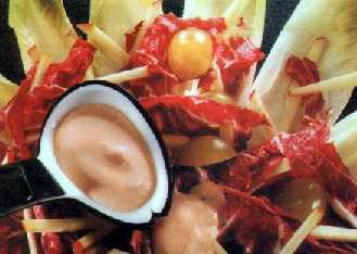 Mešana salata od crvenog kupusa