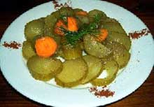 Salata od kiselih krastavaca i senfa