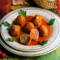 Ćufte od pilećeg mesa u paradajz sosu