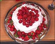 Torta od piškota s ukusom jagode