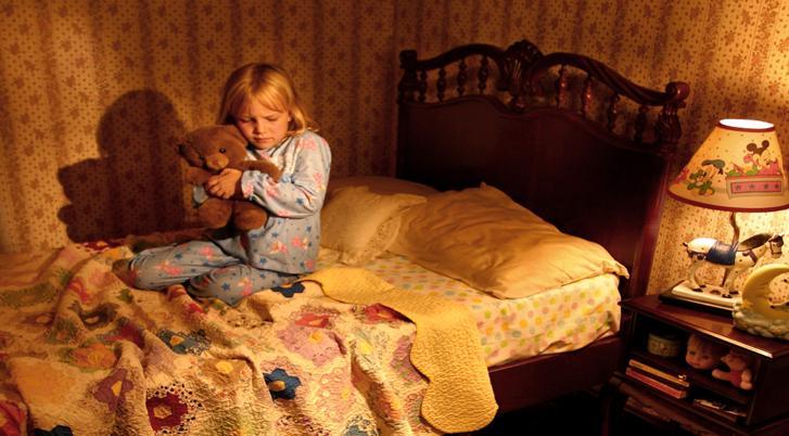 Mokrenje u krevetu – rešite problem razgovorom
