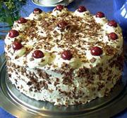 Šlag torta s želatinom i tri fila