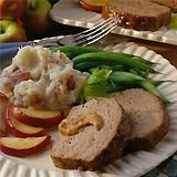 Pečena svinjetina sa filovanim jabukama