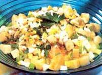 Salata od tikvica, ananasa, kukuruza i sira