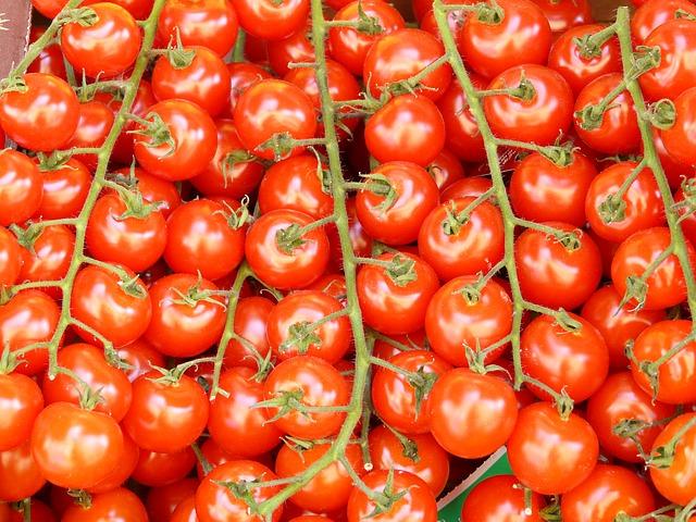 Novogodišnji ukras umesto paradajza
