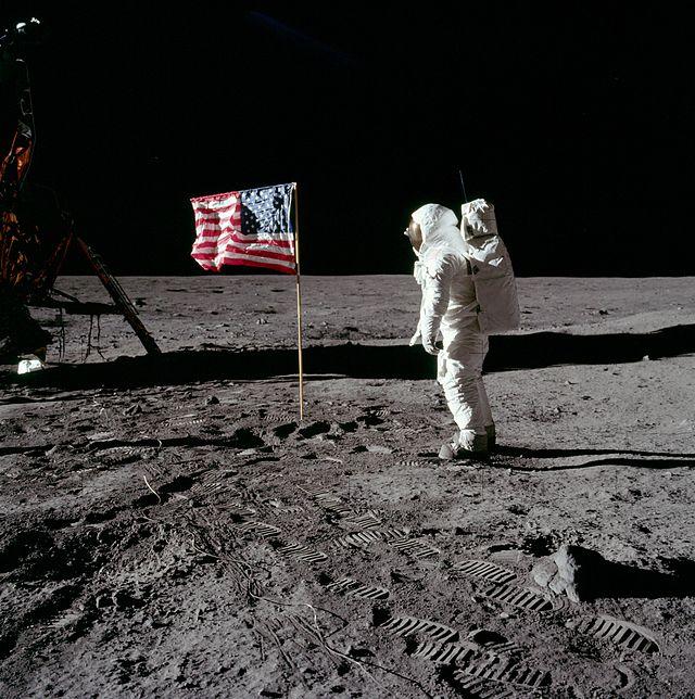 Edvin Baz Oldrin na Mesecu