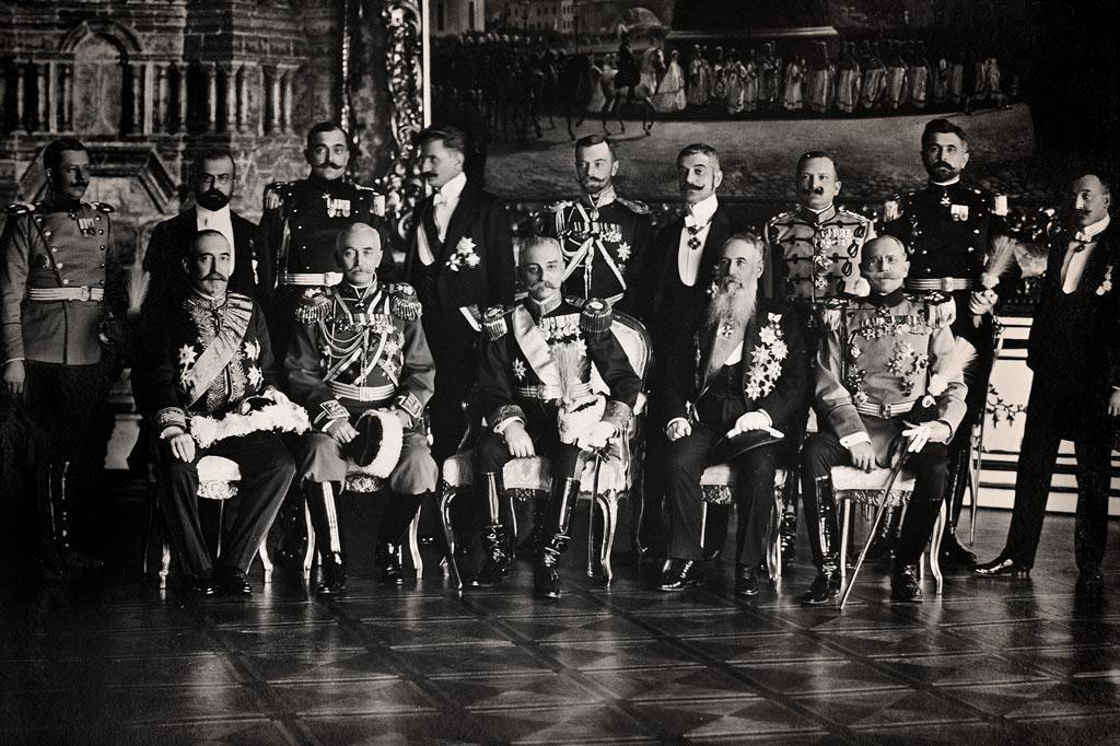 S desna: Pavle Jurišić Šturm - ađutant Kralja Petra I, Nikola Pašić, Kralj Petar I