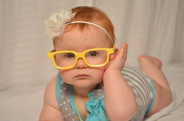 Kako se menja boja očiju kod beba?