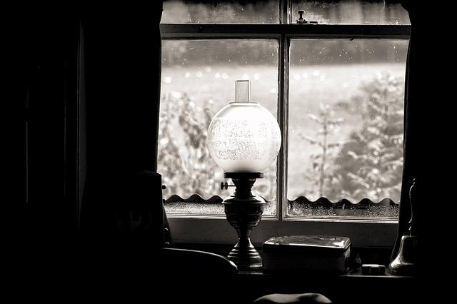 oil-lamp-488306_640