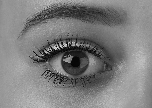 Plastične operacije i gubitak vida
