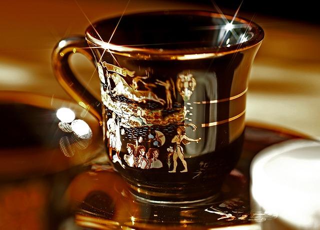 teacup-502850_640