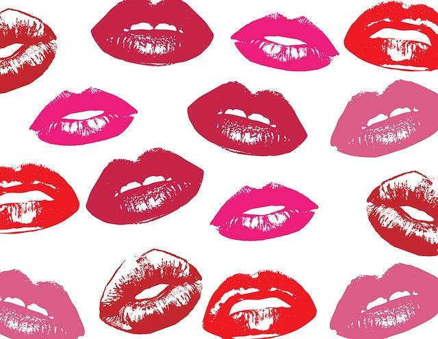lips-220184_640