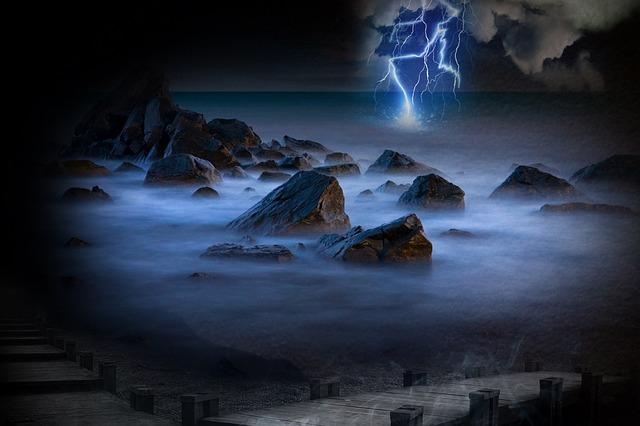 lightnings-547078_640
