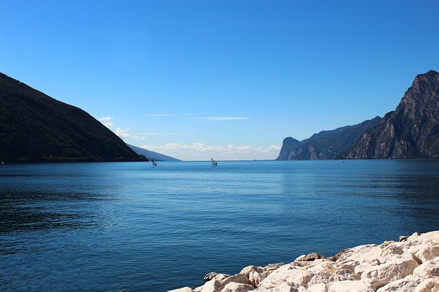 Jezero Garda: uspavano u brdima (foto)
