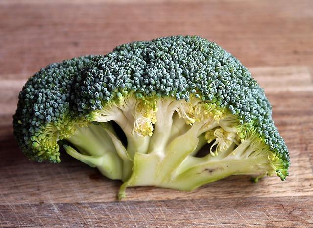 Posni pohovani brokoli