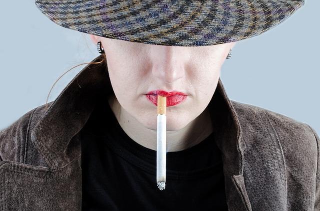 Pušači koji piju ovaj vitamin češće obolevaju od smrtonosne bolesti