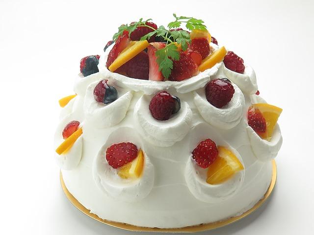 Brza i jeftina voćna torta