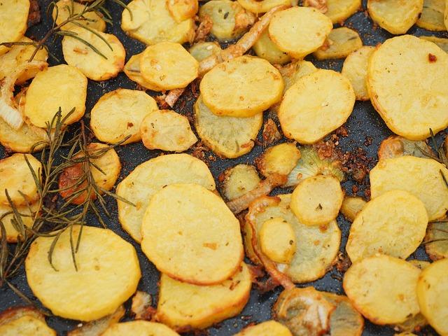 Punjeni krompir zapečen u mikrotalasnoj rerni