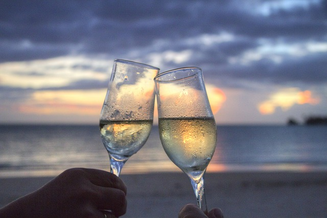 Zašto treba piti belo vino?