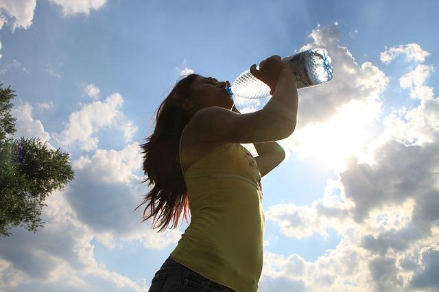 Test koji za samo tri sekunde otkriva imate li dovoljno vode u organizmu