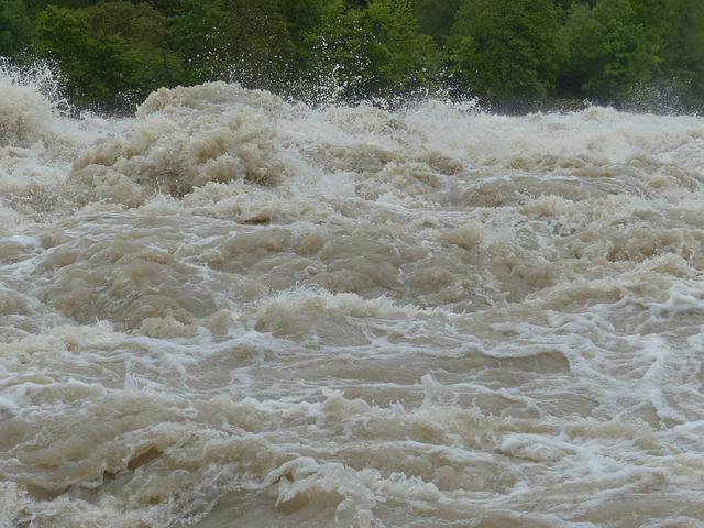 Poginulo još 12 ljudi u poplavama u Pakistanu