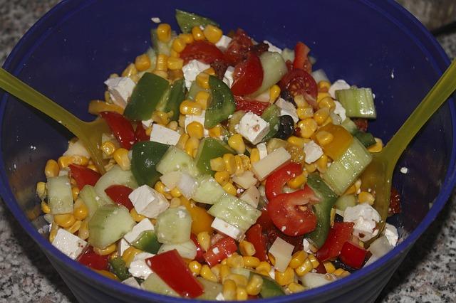 Kineska salata od šunke, cvekle i pirinča