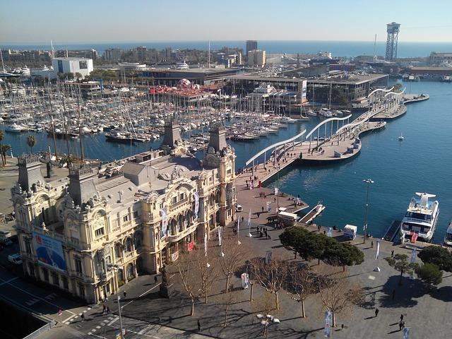 Antonio Gaudi, Katalonija, kastanjete…
