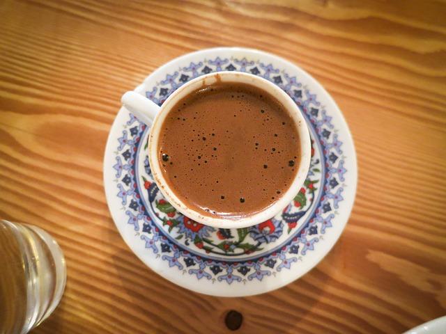 Kako se tumače simboli u šolji kafe?