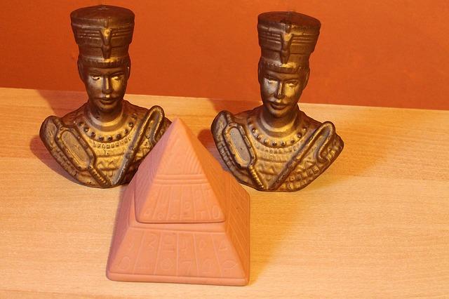 Otkrivena grobnica Nefertiri?