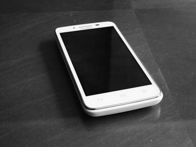 Huawei treći u svetu u prodaji smartfona