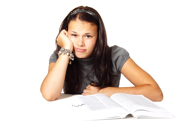 Tinejdžeri i depresija: uzroci i simptomi