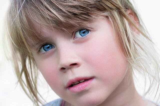 Naučnici: Sve osobe sa plavim očima su rođaci