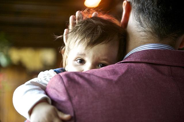 Da li su očevi isključeni iz roditeljstva?