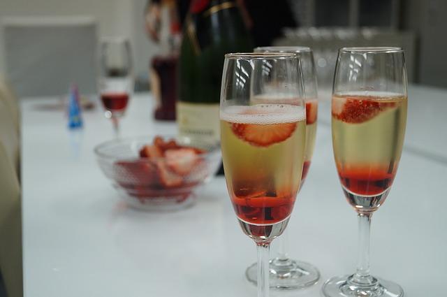 Recept za koktel koji piju HOLIVUDSKE ZVEZDE