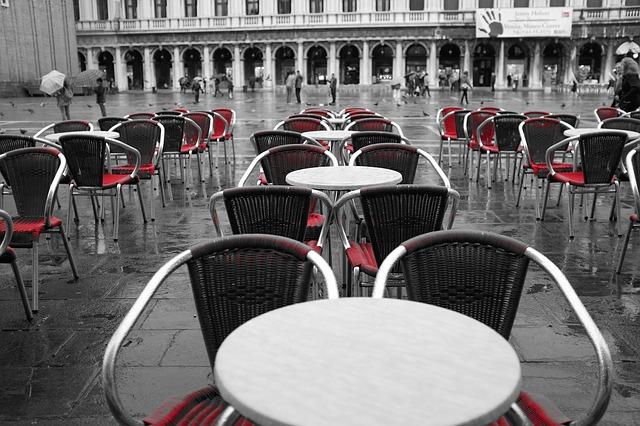 Italijani za Božić pune restorane