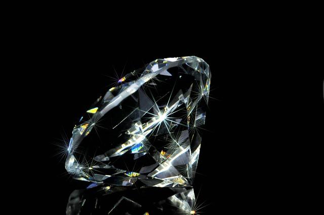Ukraden dijamant vredan 1,6 miliona evra tokom izložbe nakita