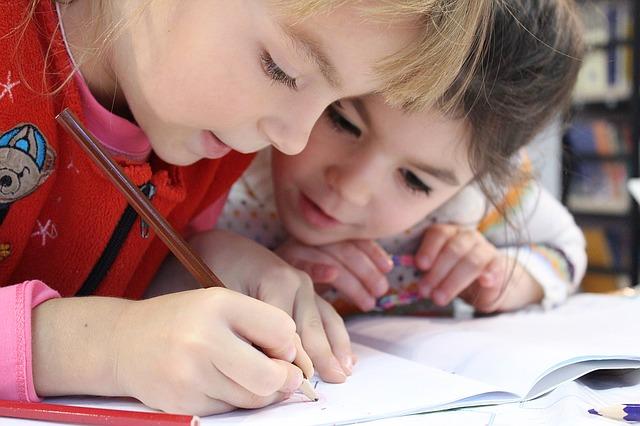 Šta pokriva osiguranje dece u školi?