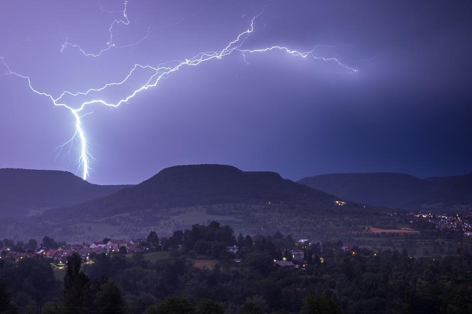 Konačno: pljuskovi i gromovi nad Srbijom