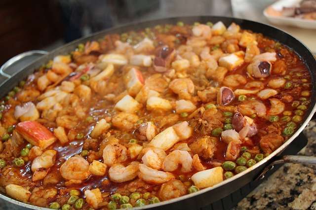Paelja tanjir iz Španije