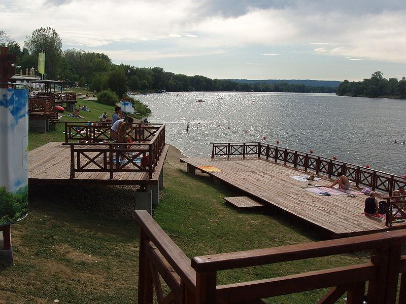 Veliko Gradište i Srebrno jezero – turističke fabrike Srbije