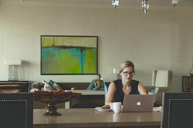 Želite da napredujete na poslu? Promenite ovih 5 stvari