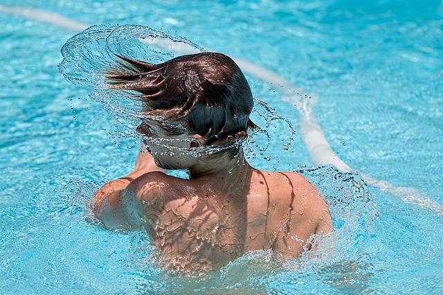 Šta sve pliva po bazenima u kojima se bezbrižno brčkamo?