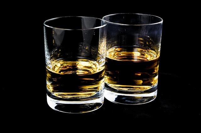 """Ne važi više """"Pije ko Rus"""", Srbi piju više od Rusa!"""