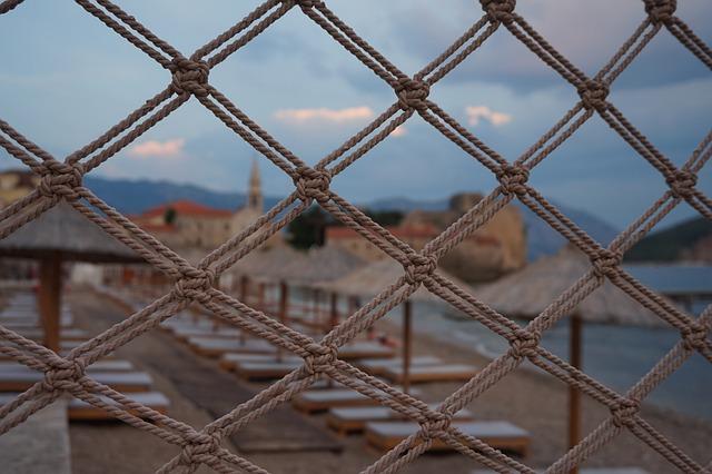 Rusija: Građani, razmislite pre nego što odete u Crnu Goru