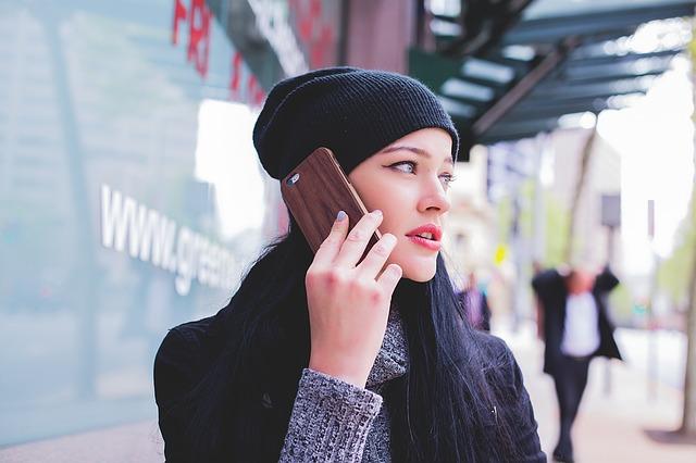 Žvrljate po papirima dok telefonirate? Evo šta to govori o vama