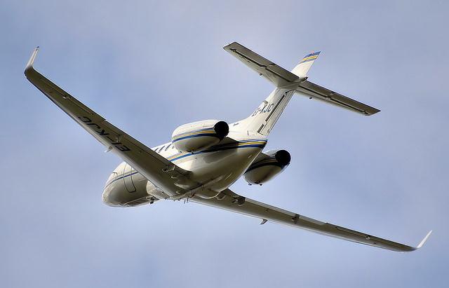 Sad se hvata za glavu: Pijani putnik dužan da plati aviokompaniji 100.000 dolara