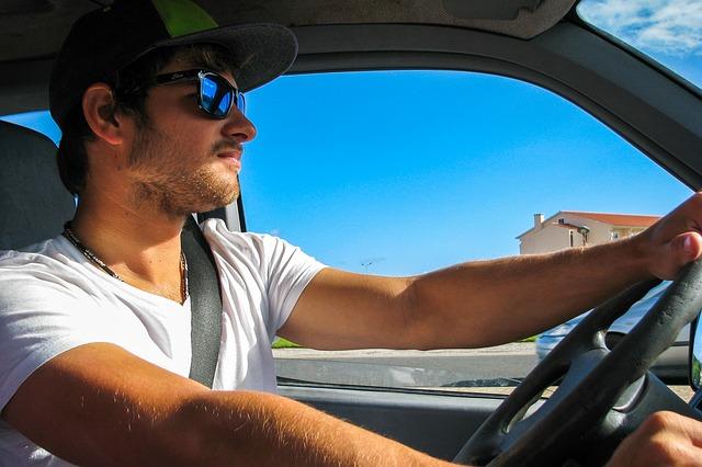 Novi zakon u ovoj zemlji: Ko vozi pijan – gubi dozvolu na licu mesta