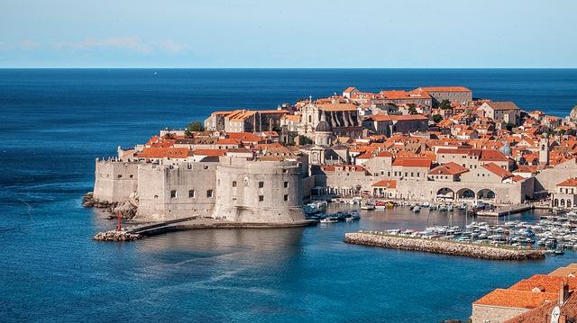 Jak vetar u Dubrovniku, problemi u vazdušnom saobraćaju